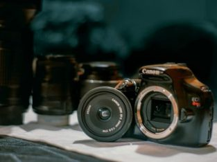 Canon T3 Body + 50mm F1.8 Lens(negotiable)