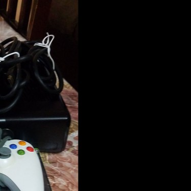 Used Xbox 360 With One Controller With Games