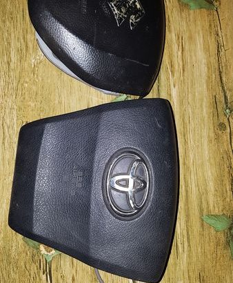 TOYOTA MARK X , TOYOTA VOXY AND SUZUKI PARTS FOR SALE TODAY #4951290