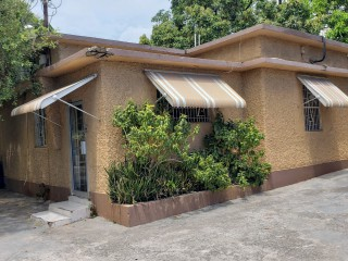 COMMERCIAL BUILDING FOR SALE IN KINGSTON 10, KINGSTON / ST. ANDREW, JAMAICA UNDER OFFER