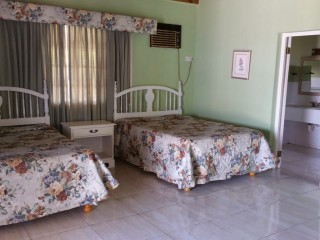 5 BED 5.5 BATH HOUSE FOR SALE IN DISCOVERY BAY, ST. ANN, JAMAICA UNDER CONTRACT