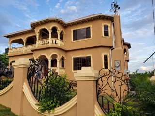 8 BED 6 BATH HOUSE FOR SALE IN GREEN ACRES, ST. CATHERINE, JAMAICA