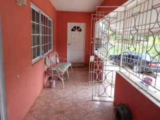 7 BED 6 BATH HOUSE FOR SALE IN KNOCK PATRICK MANDEVILLE, MANCHESTER, JAMAICA