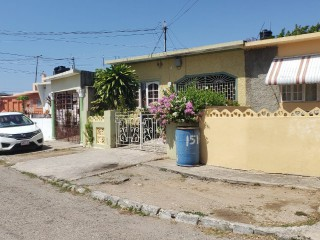 3 BED 2 BATH HOUSE FOR SALE IN CUMBERLAND PORTMORE, ST. CATHERINE, JAMAICA RE-LISTED