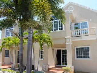 6 BED 6 BATH RESORT/VACATION PROPERTY FOR SALE IN RUNAWAY BAY, ST. ANN, JAMAICA