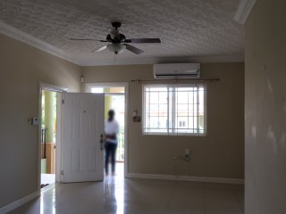 2 BED 2 BATH APARTMENT FOR RENT IN RED HILLS, KINGSTON / ST. ANDREW, JAMAICA