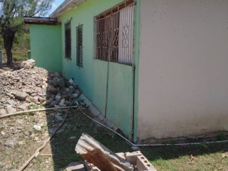 4 BED 2 BATH HOUSE FOR SALE IN OLD HARBOUR, ST. CATHERINE, JAMAICA