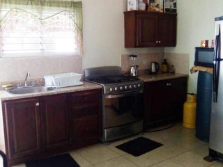 2 BED 1.5 BATH TOWNHOUSE FOR SALE IN UNION ESTATE, ST. CATHERINE, JAMAICA UNDER OFFER