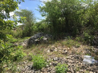 2 BED 1 BATH HOUSE FOR SALE IN RHULES PEN, CLARENDON, JAMAICA