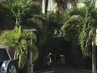 3 BED 3 BATH TOWNHOUSE FOR RENT IN LONG MOUNTAIN COUNTRY CLUB, KINGSTON / ST. ANDREW, JAMAICA