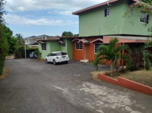 5 BED 4 BATH HOUSE FOR SALE IN RED HILLS, KINGSTON / ST. ANDREW, JAMAICA