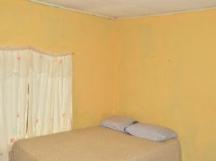4 BED 1 BATH HOUSE FOR SALE IN NAIN, ST. ELIZABETH, JAMAICA