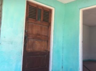 3 BED 1 BATH HOUSE FOR SALE IN YALLAHS, ST. THOMAS, JAMAICA UNDER OFFER