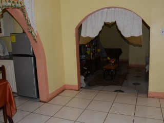 3 BED 2 BATH HOUSE FOR SALE IN NEWTON, ST. ELIZABETH, JAMAICA
