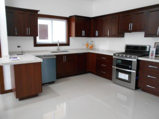 2 BED 2.5 BATH APARTMENT FOR SALE IN KINGSTON 8, KINGSTON / ST. ANDREW, JAMAICA