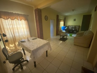 3 BED 2 BATH APARTMENT FOR RENT IN BARBICAN, KINGSTON / ST. ANDREW, JAMAICA