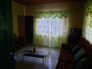 2 BED 1 BATH APARTMENT FOR RENT IN BRIGHTWOOD CLOSE, MANCHESTER, JAMAICA