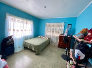 4 BED 2 BATH HOUSE FOR SALE IN HIGHGATE, ST. MARY, JAMAICA
