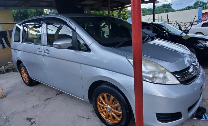 2012 toyota isis for sale