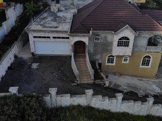 6 BED 5 BATH HOUSE FOR SALE IN SPUR TREE, MANCHESTER, JAMAICA
