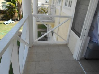 1 BED 1 BATH APARTMENT FOR RENT IN RUNAWAY BAY, ST. ANN, JAMAICA