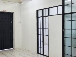 1 BATH COMMERCIAL BUILDING FOR SALE IN DOWN TOWN, KINGSTON / ST. ANDREW, JAMAICA